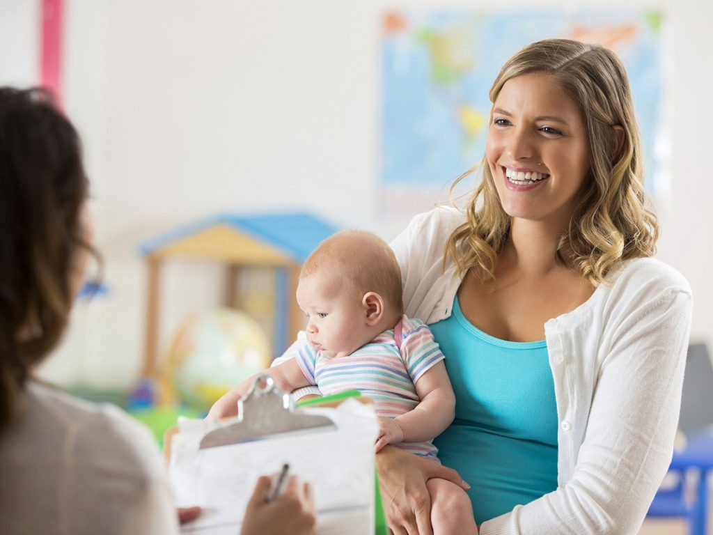 What to see before hiring a nanny for your kids